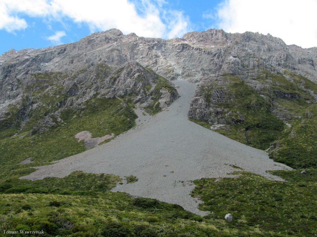 Skriðkeila við botn fjallshlíðar – Aoraki Mt Cook í Þjóðgarðinum á Nýja Sjálandi
