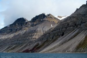 Skriðkeila við botn fjallshlíðar - Billefjorden, central Spitsbergen